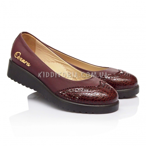 Туфли бордового цвета на платформе