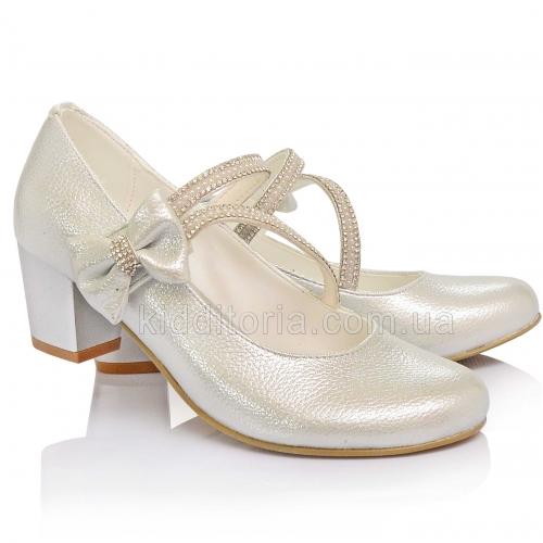 Нарядные серебристые туфли на каблуках (Артикул 02-150)